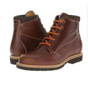 NWT men Zamberlan boots.100% authentic